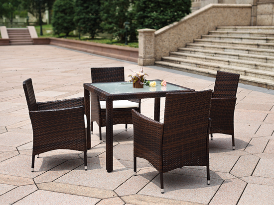 2020 Synthetic PE Rattan Outdoor Dining Set with Umbrella Hole